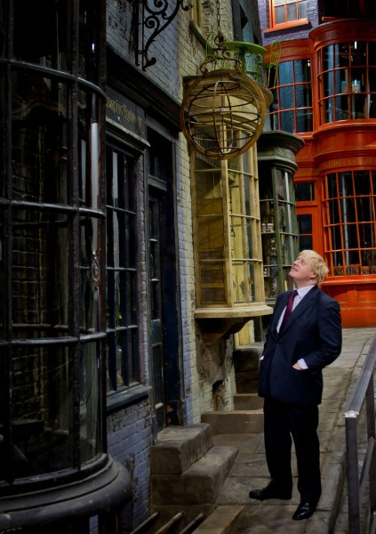 Boris Johnson in Diagon Alley at the HP Studio Tour